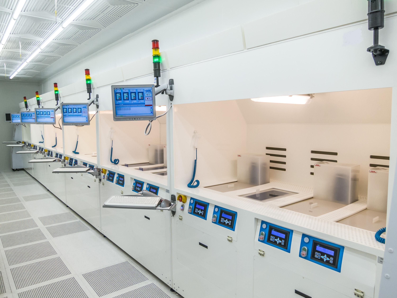 Chemické boxy pro polovodičový průmysl a laboratoře